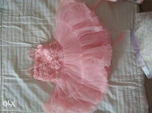 Infant girls party dresses, in perfect