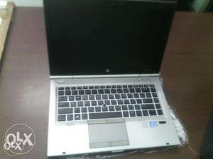 OLD HP laptop Gen Core i5 - 4GB ram