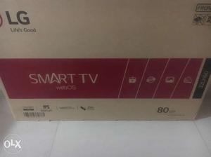 LG SMART TV 80cm Box