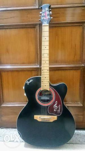 Fender acoustic Guitar 6-string loud series