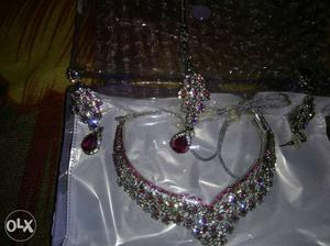 American diamond necklace pink colour no use pack