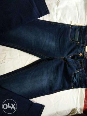 Blue-washed Zara Jeans