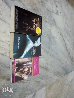 3best selling book The Twilight New Moon Fifty