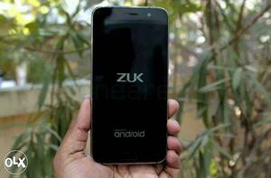 """2 months old Lenovo Zuk Z1 5.5"""" display 3GB RAM"""