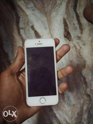 I phone 5s gold 1 year old hai bill and eirphone