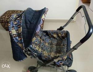 Pram for kids in a very good condition.
