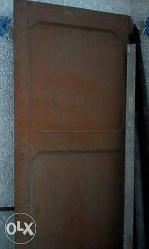 Good quality(never used) wooden door for sale