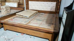 New king size box teak wood bed