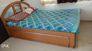 White And Blue Floral Bedding Set;brown Wooden Bed Frame