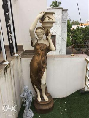 Antique statue excellent condition for sale