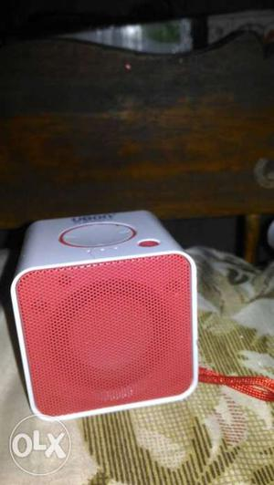 Bluetooth speaker good condishion 1 week old