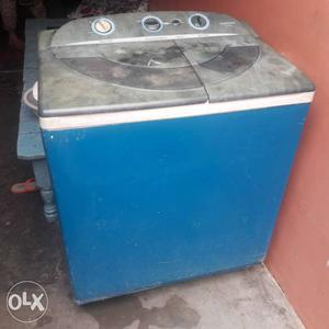 Blue And Black All-in-one Portable Washer And Dryer