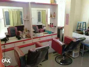 Ladies parlor items for sale total package new