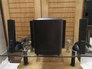Altec lansing black speaker 1 woofer and 2