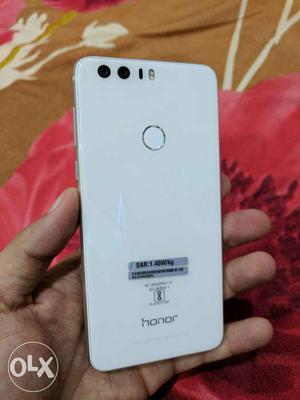 Honor 8, dual camera,15 days old, 4gb ram and 2 years indian