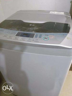 LG Intellowash Fully automatic Top load 7kg Washing Machine