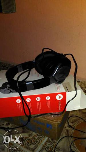 Moto pulse headset I bought box piece  but I