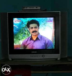 Samsung Flatron colour tv 21 inch good condition.