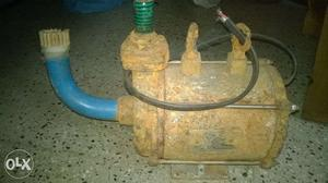 V gard submersible pump good working condition