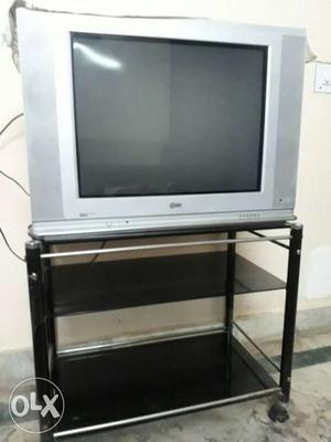 Very good condition 29 inches LG TV Wid trolley