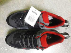 Adidas mens trekking shoe size 9 brand new and