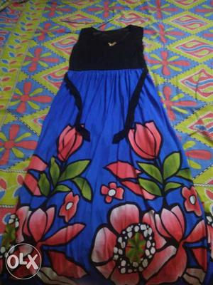 Black and blue sleeveless dress.