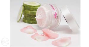 Whitening cream (fair n pink whitening cream) 100% good..