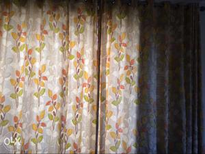 Curtains 4 set in full length for the wall 7 for