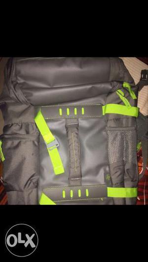 Brand new hp laptop bag. Original price is