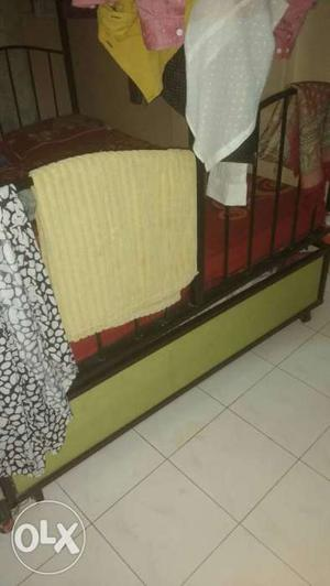 Bunkbed in superb condition with two storage and