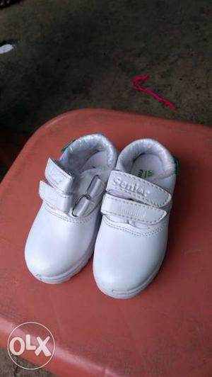 Shoes for boys,3 to 4 year boys, school shoes white and