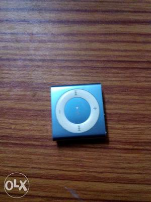 Apple iPod shuffle 2gb internal memory. Usb