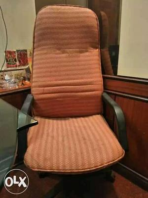 10 Executive Office Chairs in Good Condition