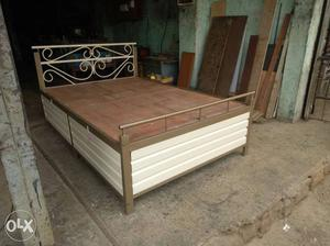 Shah steel furniture. new metal beds in hole sale rate.