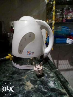 Electric kettle is in good contidion very less