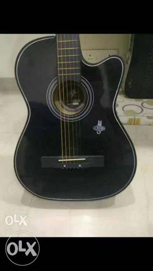 Semi-acoustic guitar for sale!!bought about 2