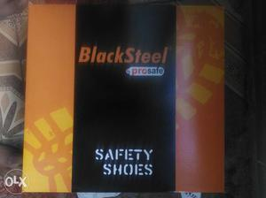 Brand new safety shoes for sale. It is totally
