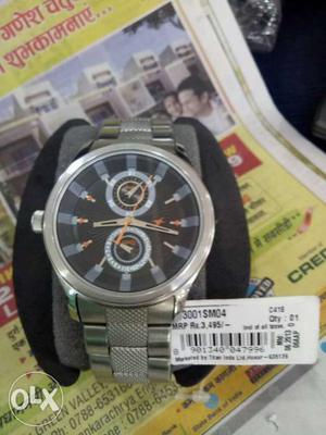 Round Black Fastrack Chronograph Watch With Silver Link Band