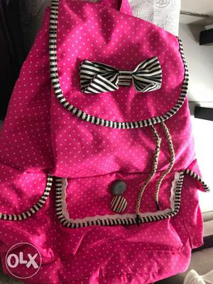 1 time used only.. pink cute bag for girls...