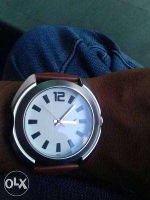 Fastrak Round White Faced Analog Watch With Brown Leather