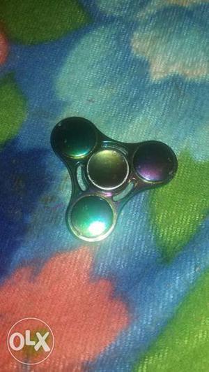 Metal rainbow fidget spinner