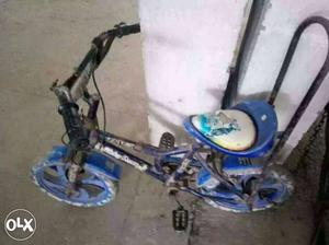 Cycle for sale. Can be used for kids.