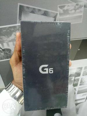 Lg G6 64Gb Pack Unit:-Platinum, Blue, white colour