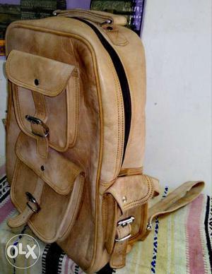 100% pour leather bags for men & women