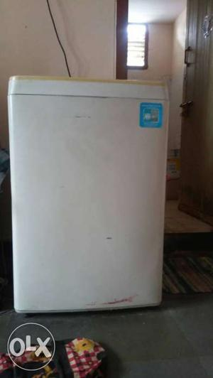 LG fully automatic washing machine 6.5KGS in