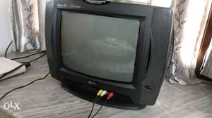 LG tv in good condition with superb picture