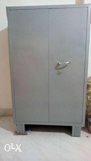 Only 15 day used, super strong cupboard