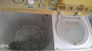 Samsung 6kgs Twin Tub Washing Machine