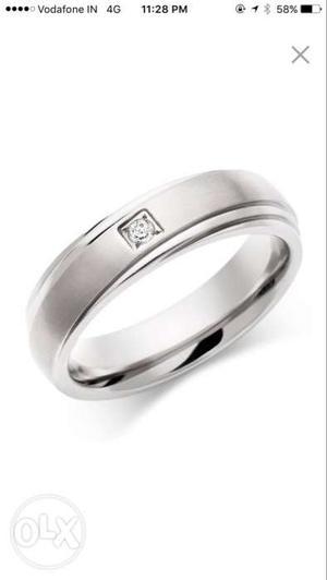White artificial diamond ring for men