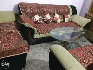 GRAB THE DEAL! 7 Seater Sofa Set Along with